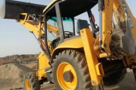 انا مكنيك معدات وبحاجه الي عمل, الشاحنات ومعدات ثقيله, خدمات المعدات